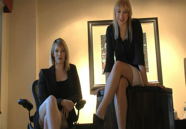 Explosive trance therapy with glitter goddess - 3 6