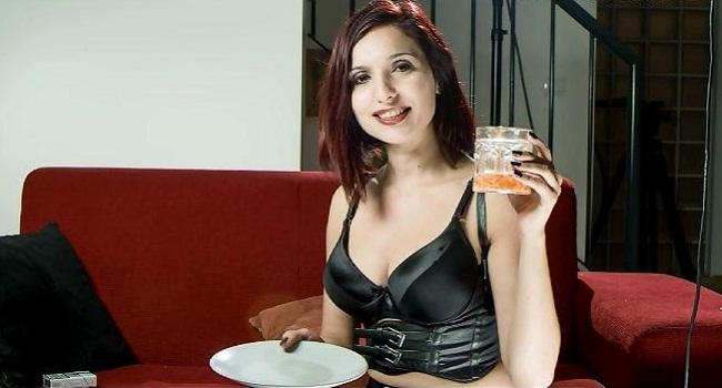 Mistress Deeane ~ Feeding your Affection » HypnoTease