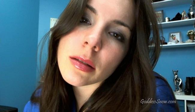 Goddess Alexandra Snow ~ Luscious Lips