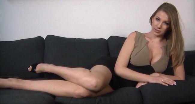 Princess Danielle Maye ~ Your Daily Fix