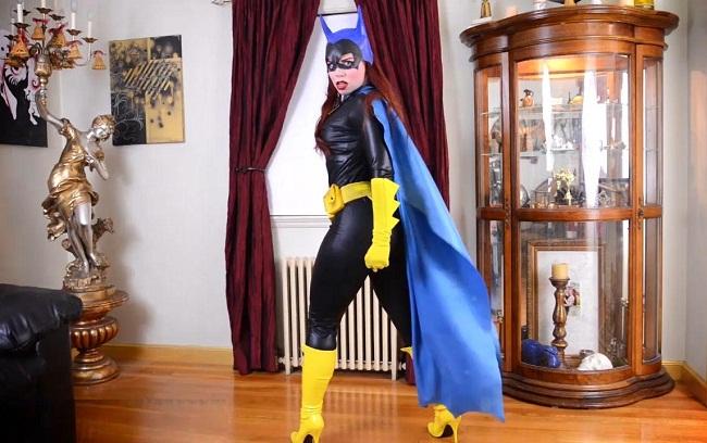 Batgirl`s Striptease