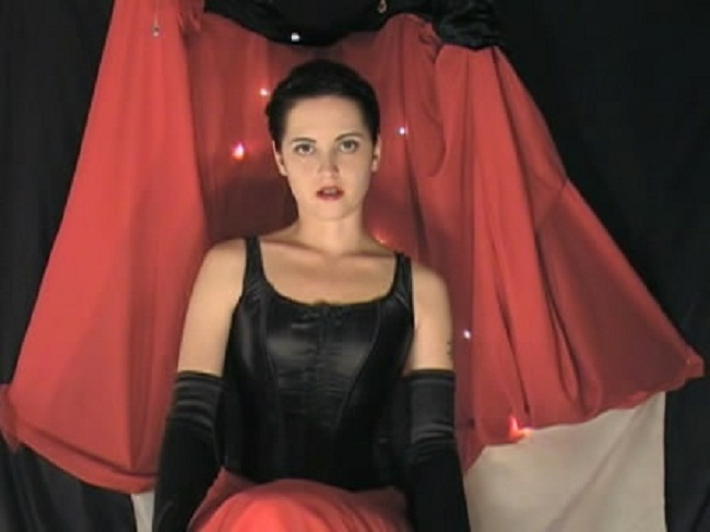 Hypnotic Red - Slave Addicted to Control